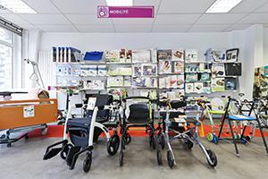 matériel handicap fauteuil roulant dispositif médical bastide confort lyon